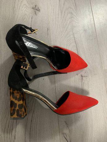 Жіночі туфлі Mulanka