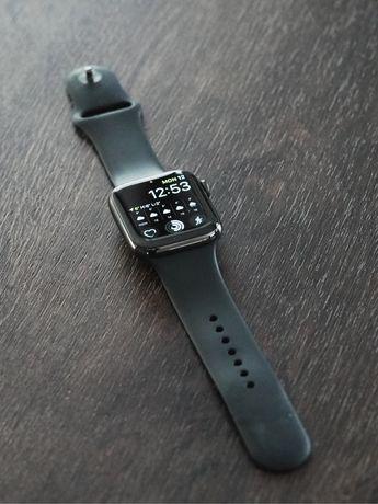 Apple Watch Series 6 LTE Stainless Steel 44mm A2376 z czarnym paskiem