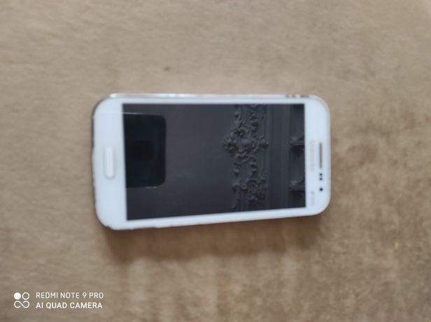 Продам телефон Samsung win duos i8552