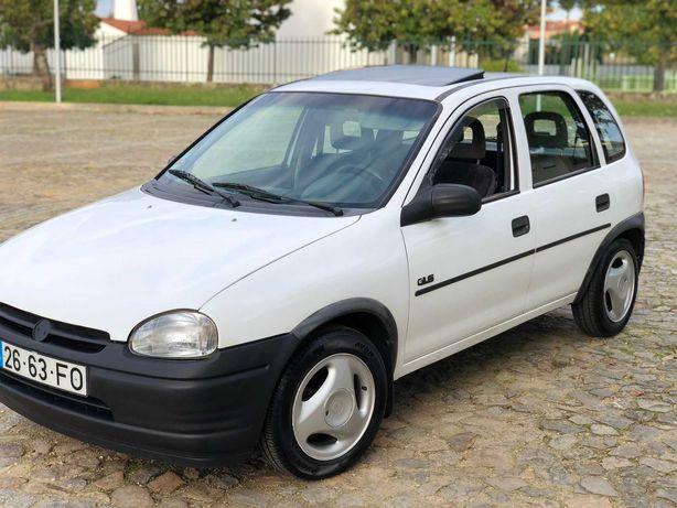 Opel corsa 1.2 e renault clio 1.2 muito estimados