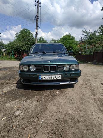 Автомобіль BMW E34