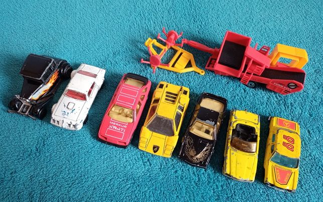 Różne samochodziki + gratis