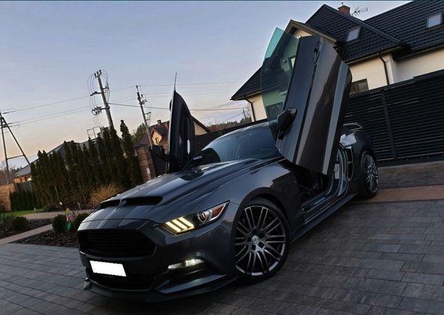 Uszczelki prawa i lewa Ford Mustang 2015 parapet