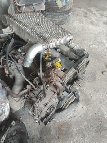 Продам мотор на КІА Карнівал
