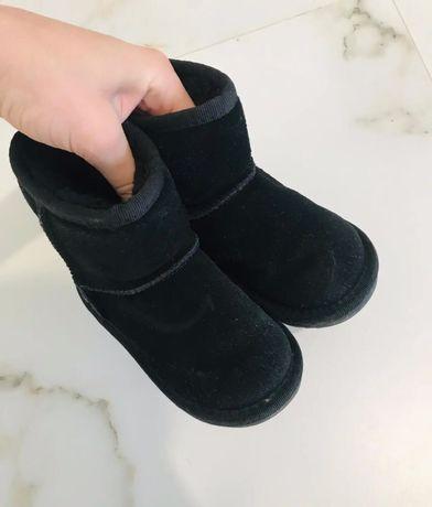 Ботинки угги замш