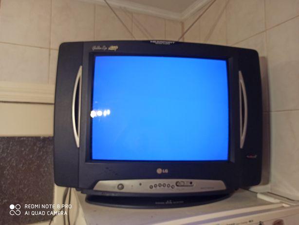Телевізор LG  54 см.