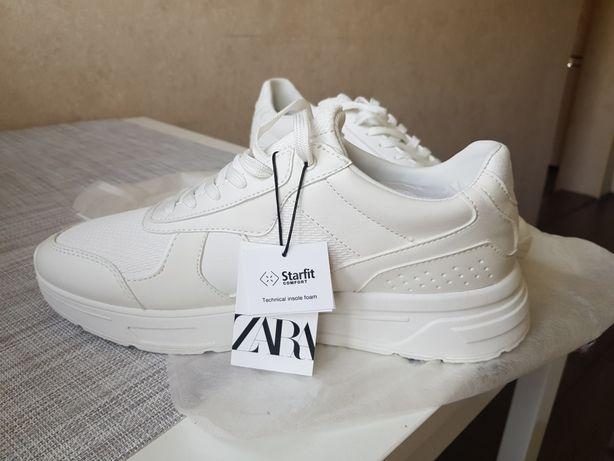 Кроссовки Zara