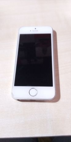 Iphone SE/ 1 generacji/ srebny