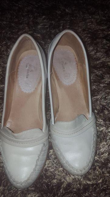 Sapatos pele 38