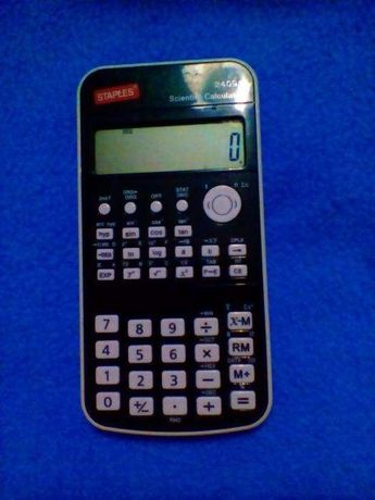 Máquina de calcular científica com pouco uso