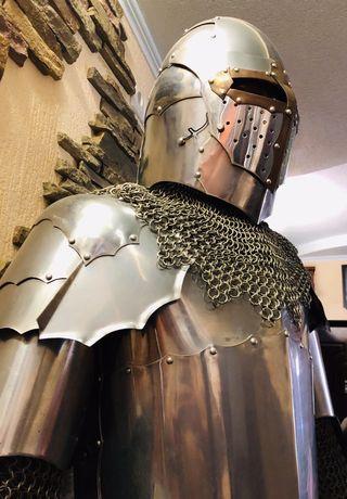 Рыцарь надёжный и преданный охранник Вашего дома