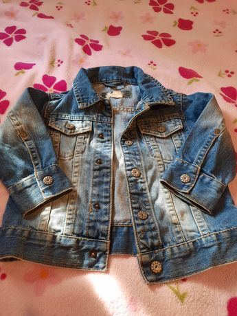 Курточка джинсова для дівчинки.