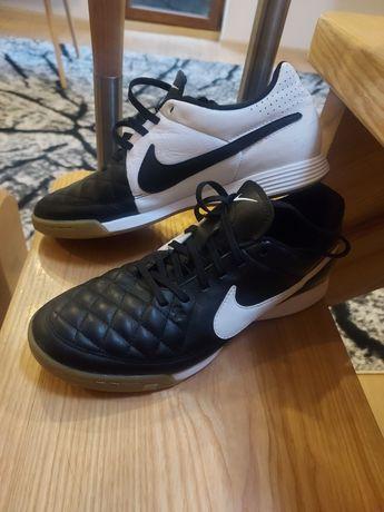Halówki Nike Tiempo roz. 40 jak nowe
