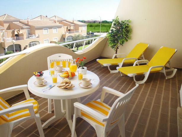 Algarve férias  T1 a 900 mts  marina de Vilamoura  e praia da falésia
