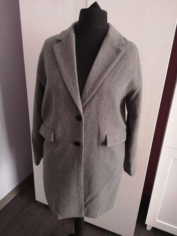 Płaszcz kurtka rozm L pull& bear nowa