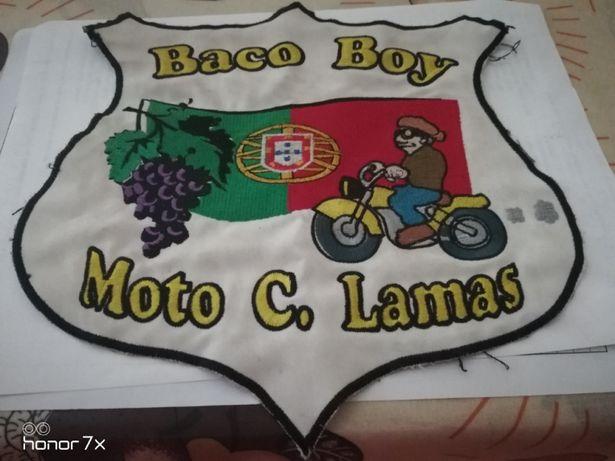 Patche emblema de grande dimensão do Moto Clube de Lamas Baco Boy