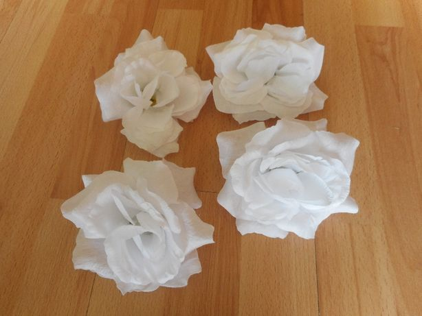 Kwiatki białe,na bukiet,ozdoba- korona,ślub,komunia,wesele,sala,auto