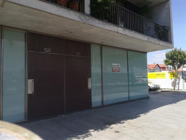 Loja para arrendar em Viana do Castelo