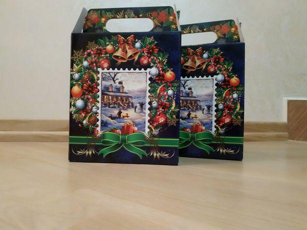 Продам новорічні коробочки
