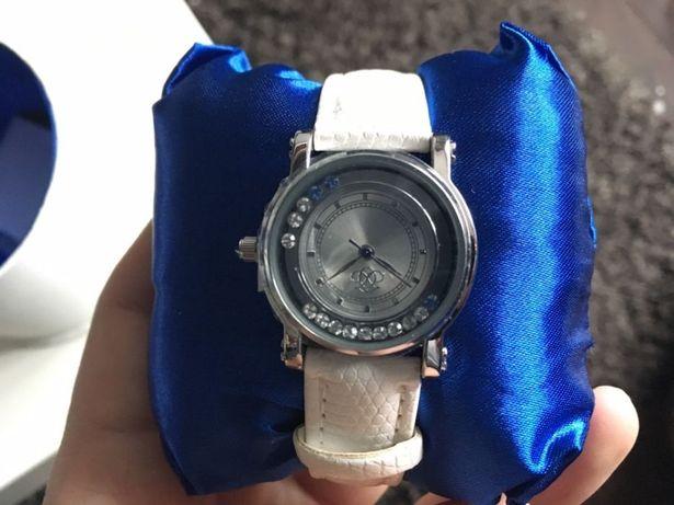 Женские часы, наручные часы, часы