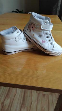 Buty dziecięce firmy H&M