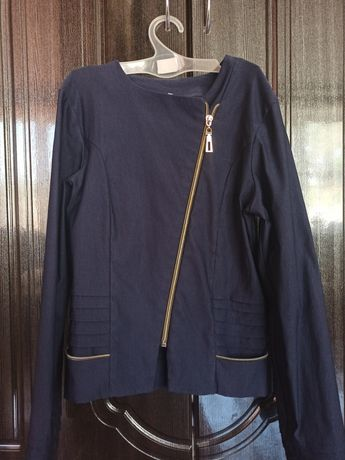 Школьный пиджак, рубашка