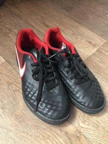 Спорт кроссовки Nike орегинал