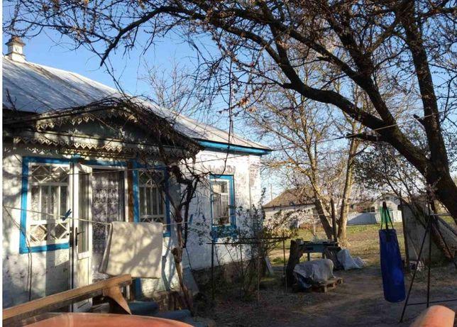 Продам будинок та землю 0,35 ГА, 55 км від Києва