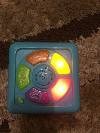 Развивающий кубик для малыша с 6-ти месяцев