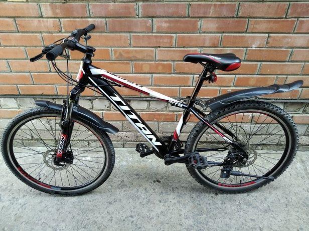 Продам спортивный велосипед Titan Evolution
