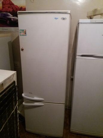 Продам холодильник Atlant !