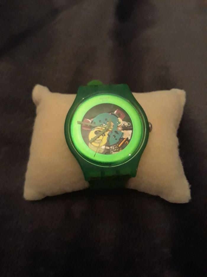Relógio Swatch unisexo Bravães - imagem 1