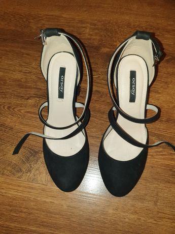 Buty na słupku 37 Orsay