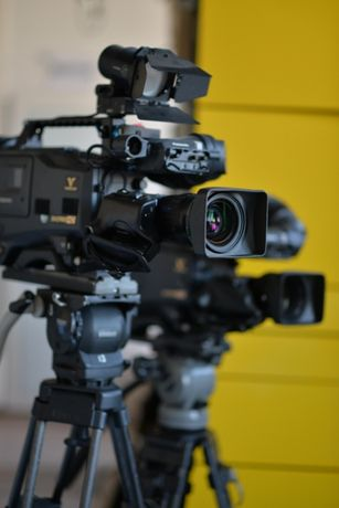 телекамера Panasonic AJ-HDC27HP DVCPRO HD Varicam /объективы/штативы