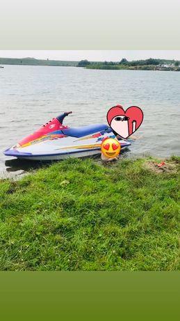Гідроцикл водний мотоцикл