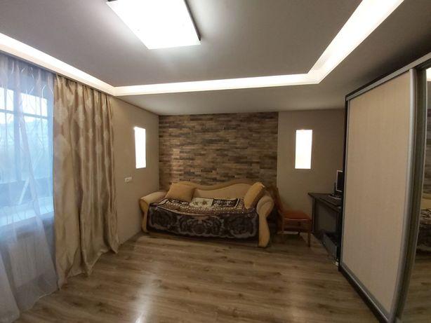 Однокімнатна в цегляному будинку ЦЕНТР
