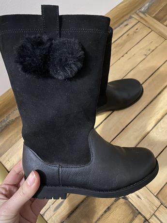 Взуття HM