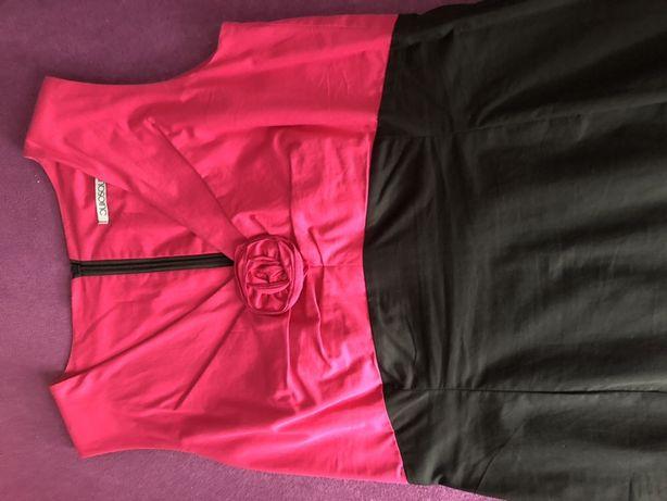 Piekna fuksjowo-czarna sukienka firmy Quiosque