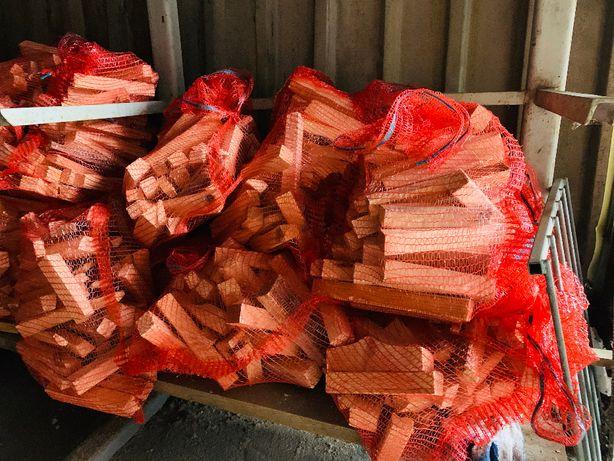 Drewno rozpałkowe workowane