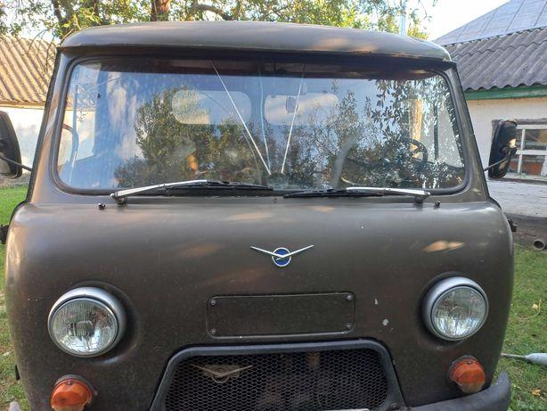 продається автомобіль УАЗ 3301 1986 року