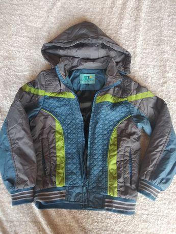 Куртка ветровка на ребёнка 7-9 лет