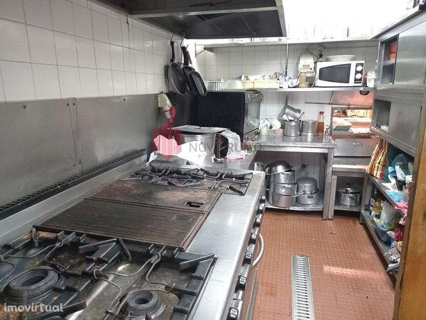 Restaurante no Carvalhido, Cedência de quotas