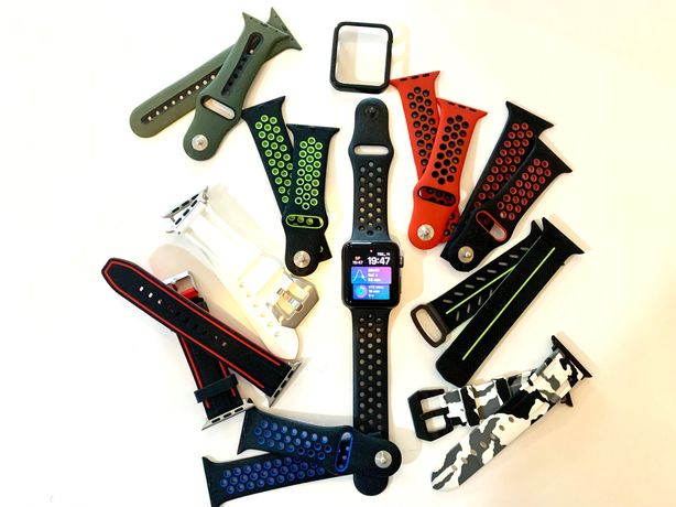 Apple Watch Serie 3 Nike Black (42mm) + vários braceletes