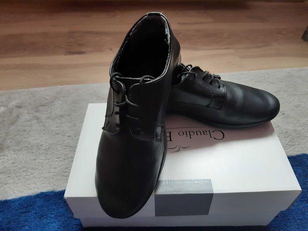 Buty czarne komunijne, r. 33 cm