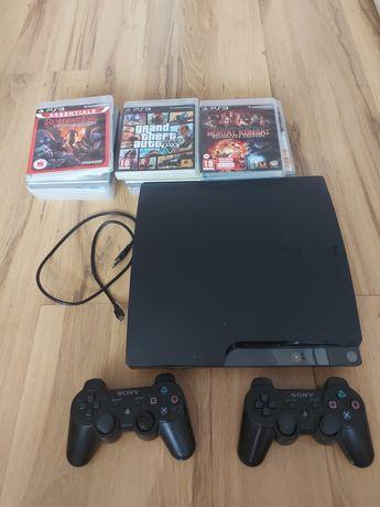 PS3 z dwoma oryginalnymi padami, jednym zwykłym i 13 grami