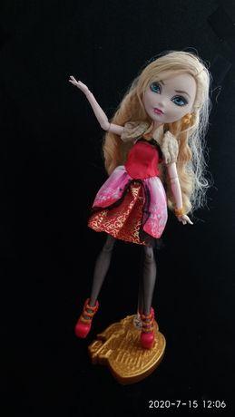 Кукла Эпл Вайт Эвер Афтер Хай Б/у, в хорошем состоянии СПОЧНО!