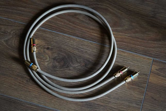 Van den Hul The SECOND RCA межблочный кабель /метровая пара/