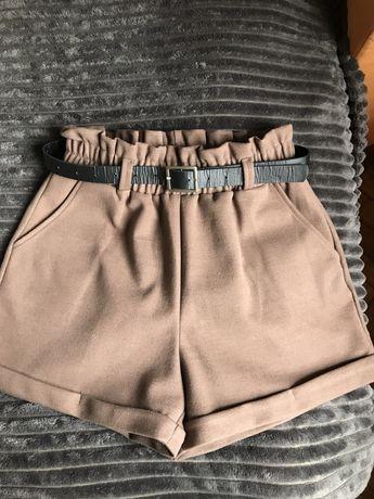 Женские теплые шорты