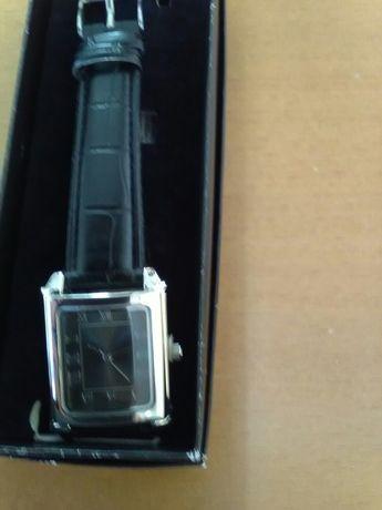Relógios senhora Avon