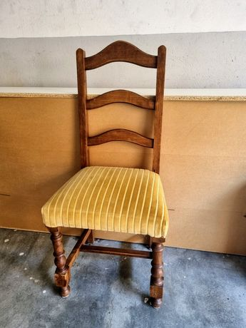 Cadeira antiga para restaurar
